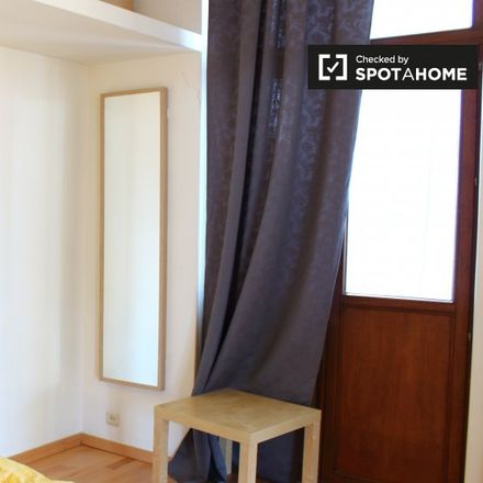 Rent this 2 bed apartment on Chaussée de Jette - Jetse Steenweg 596 in 1090 Jette, Belgium
