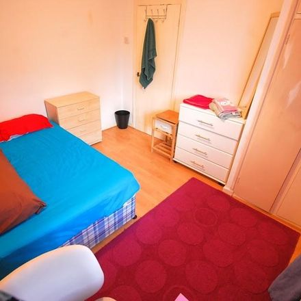 Rent this 2 bed apartment on Bracklyn Court in Wimbourne Street, London N1 7EL