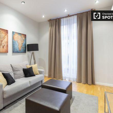 Rent this 2 bed apartment on Teatro El Principito in Calle de Los Madrazo, 4