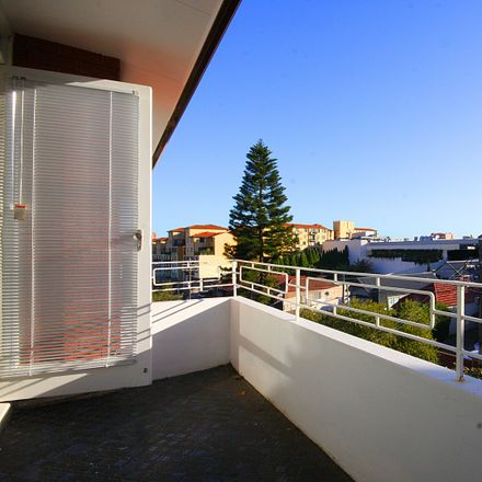 Rent this 3 bed apartment on 9/57-59 Balmain Road