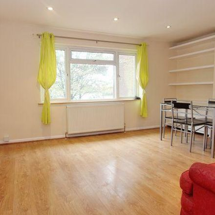 Rent this 2 bed apartment on Link Road in London N11 3AN, United Kingdom