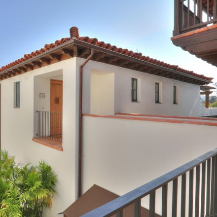 Rent this 1 bed house on 18 West Victoria Street in Santa Barbara, CA 93101
