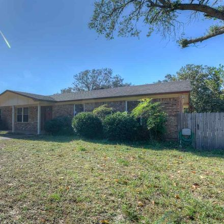 Rent this 4 bed house on Gulf Breeze Pkwy in Gulf Breeze, FL
