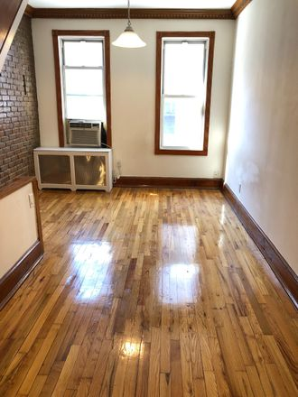 Rent this 2 bed townhouse on Grace Cleaners in 137 East 27th Street, New York