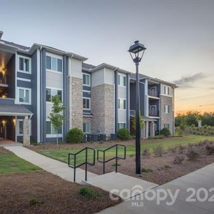 Rent this 1 bed apartment on W Hill St in Charlotte, NC