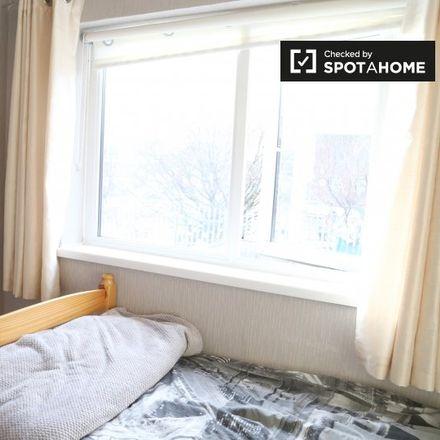 Rent this 3 bed apartment on Kilbarron Road in Kilmore B ED, Dublin