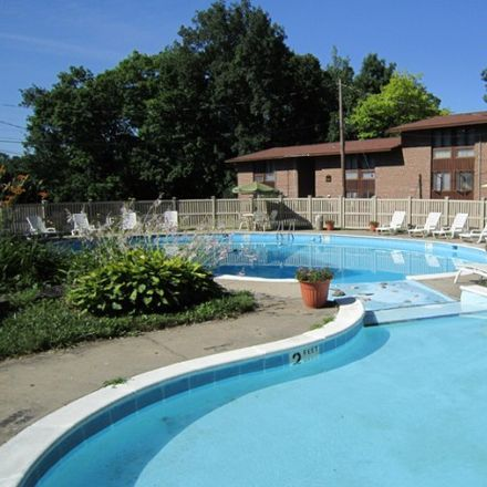 Rent this 1 bed apartment on Azria's Service in 2974 East Genesee Street, Syracuse
