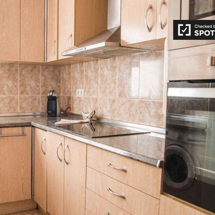 Rent this 2 bed apartment on La Granja in Avinguda de la Malva-rosa, 44