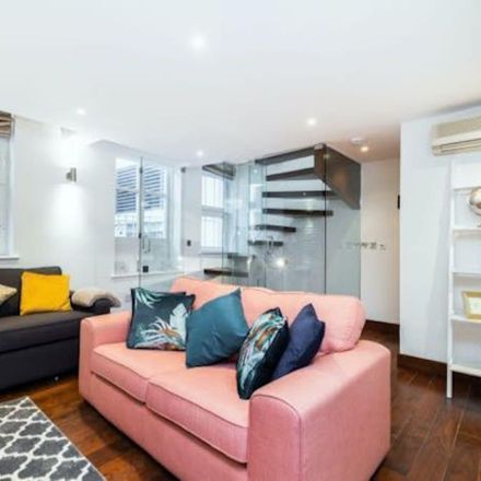 Rent this 2 bed apartment on 18 Ovington Mews in Chelsea, London SW3 1LT