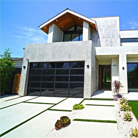 Rent this 4 bed house on 4527 Simpson Avenue in Los Angeles, CA 91607