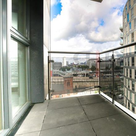 Rent this 1 bed apartment on Streamlight Tower in 9 Baffin Way, London E14 9BA