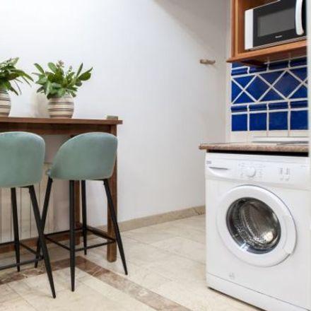 Rent this 1 bed apartment on La Ramona in Calle de Núñez de Arce, 14