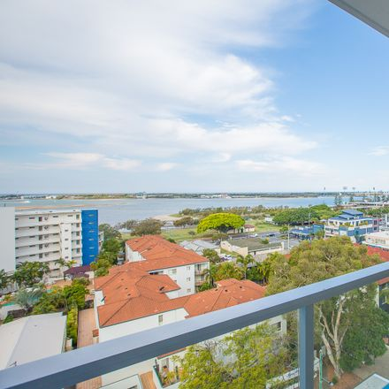 Rent this 3 bed apartment on 802/8 Norman Street