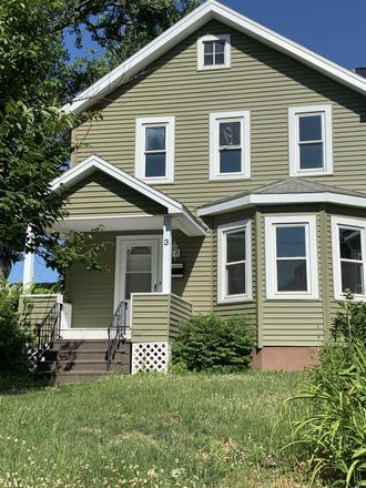 Rent this 3 bed house on 3 Pinewood Avenue in Albany, NY 12208