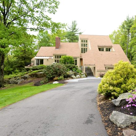 Rent this 4 bed house on 25 Hemlock Hill Road in Amherst, NH 03031