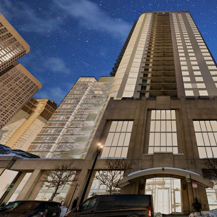 Rent this 1 bed condo on Park Alexandria in 125 South Jefferson Street, Chicago
