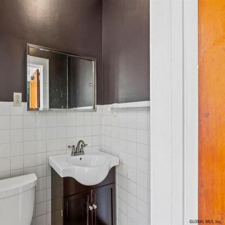Rent this 3 bed house on 262 Sycamore Street in Albany, NY 12209