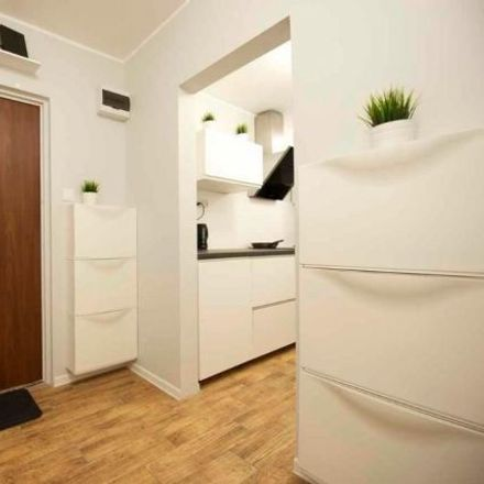 Rent this 1 bed room on Lwa Tołstoja 1 in 01-910 Warsaw, Poland
