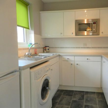 Rent this 1 bed apartment on Maunsell Park in Crawley RH10 7AZ, United Kingdom