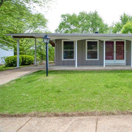 Rent this 3 bed house on Marrisa Dr in Florissant, MO
