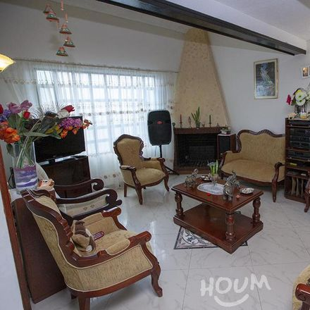 Rent this 3 bed apartment on Taller Infantil Mi Mundo in Avenida Calle 22, Localidad Fontibón