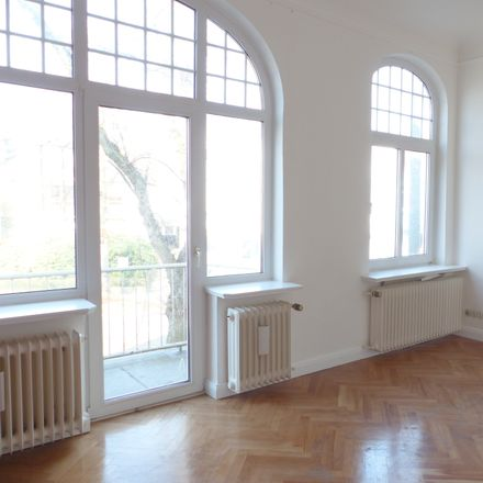 Rent this 5 bed duplex on Schwachhauser Heerstraße 293 in 28211 Bremen, Germany
