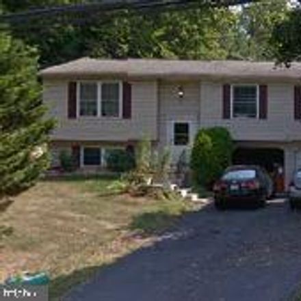 Rent this 3 bed house on 151 Lumber Street in Highspire, PA 17034