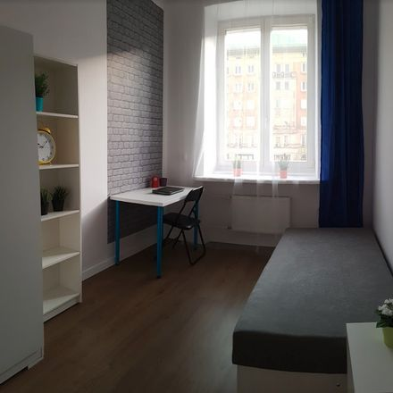 Rent this 12 bed room on Marszałkowska 58 in Warszawa, Poland