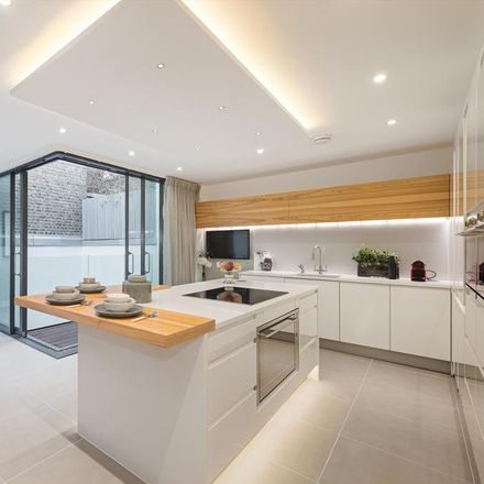 Rent this 4 bed house on 3a Elvaston Mews in London SW7 5HY, United Kingdom