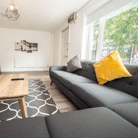 Rent this 6 bed room on 69F Raddlebarn Road in Birmingham B29 6HE, United Kingdom