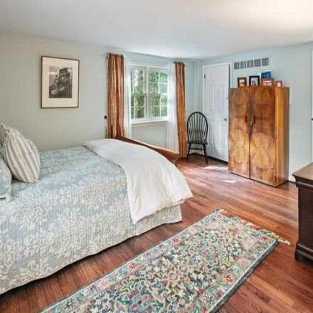 Rent this 4 bed house on 99 Bedford Drive in Solebury Township, PA 18902