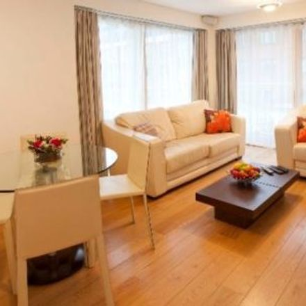 Rent this 2 bed apartment on Adelaide Chambers in Whitefriar Street, Royal Exchange A ED