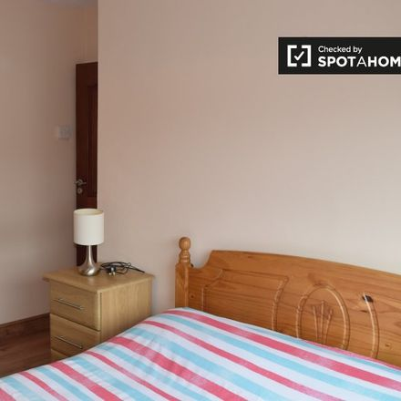Rent this 3 bed apartment on 8 Saint James Road in Greenhills, Dublin 12