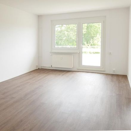 Rent this 2 bed apartment on Christinenstraße 15-21 in 14772 Brandenburg an der Havel, Germany