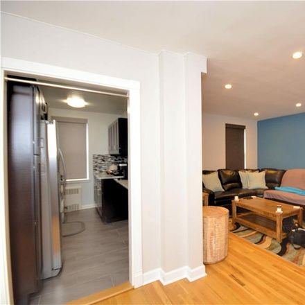 Rent this 2 bed condo on 245 Parkview Avenue in Yonkers, NY 10708