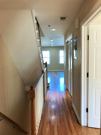 Rent this 3 bed apartment on 1222 Central Avenue in Union City, NJ 07087