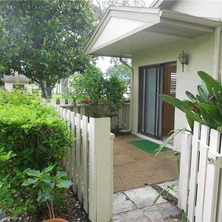 Rent this 3 bed apartment on 540 Hickorynut Ave in Oldsmar, FL