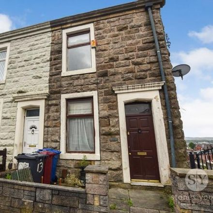 Rent this 3 bed house on Higher Bank Street in Blackburn, BB2 6HN