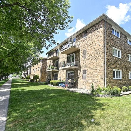 Rent this 2 bed condo on 5834 77th Street in Burbank, IL 60459