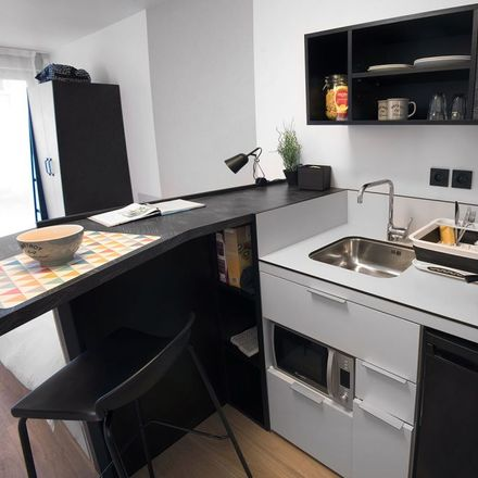 Rent this 1 bed apartment on Réflexions in Avenue Émile Baudot, 91300 Massy