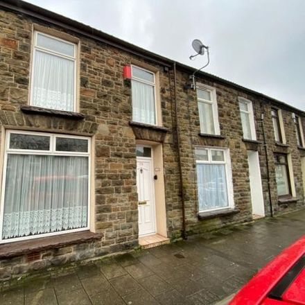 Rent this 3 bed house on High Street in Treorchy CF42 6PE, United Kingdom