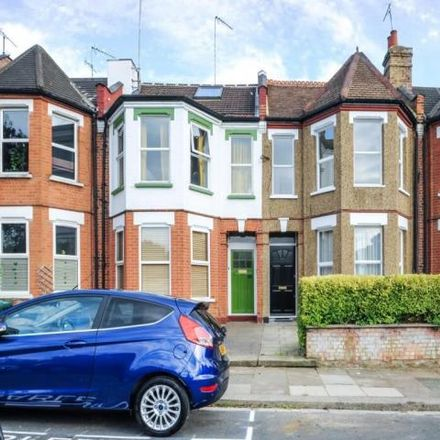 Rent this 4 bed house on Elm Park Road in London N3 1ED, United Kingdom