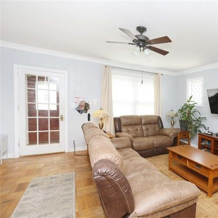 Rent this 3 bed house on E 36th St in Brooklyn, NY