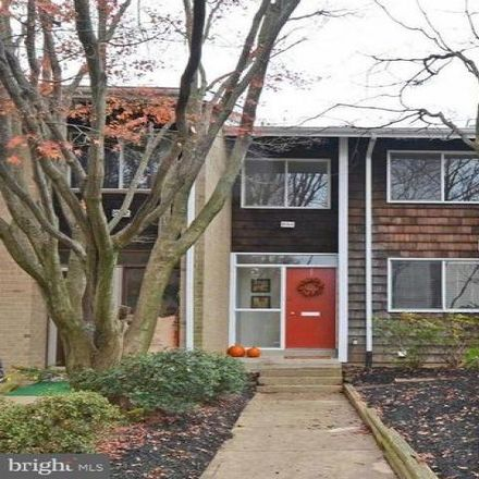 Rent this 3 bed condo on 998 New Mark Esplanade in Rockville, MD 20850