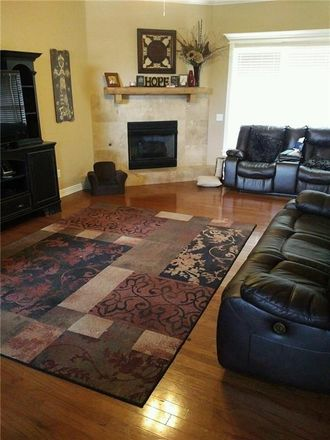 Rent this 4 bed house on SW Sterling Pl in Bentonville, AR