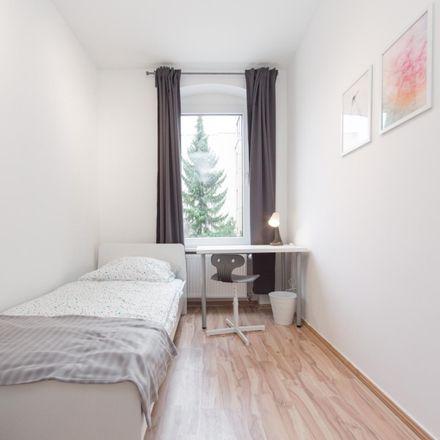 Rent this 2 bed room on Ritterlandweg 53 in 13409 Berlin, Germany