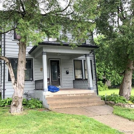 Rent this 3 bed house on Glenfield in Detroit, MI 48213