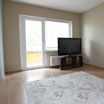 Rent this 3 bed apartment on Reinickendorf in Quäkerstraße 4, 13403 Berlin