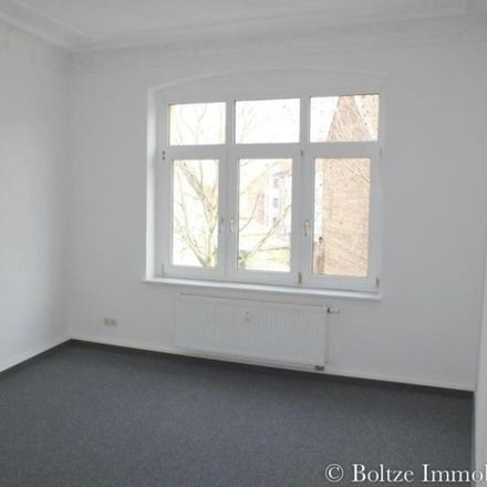 Rent this 2 bed apartment on Weißenfelser Straße 39 in 06618 Naumburg (Saale), Germany