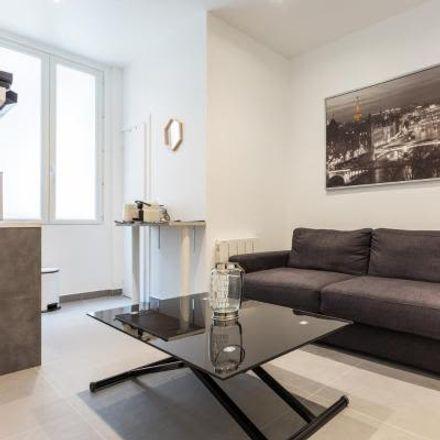 Rent this 2 bed apartment on 27 Rue Lemercier in 75017 Paris, France